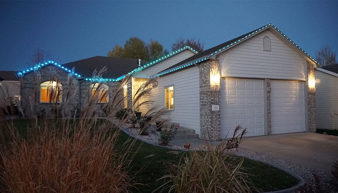 Permanent Christmas Lights That S Right Man No More Ladders